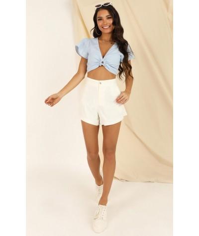 Still Entertained Shorts In Cream Linen Look