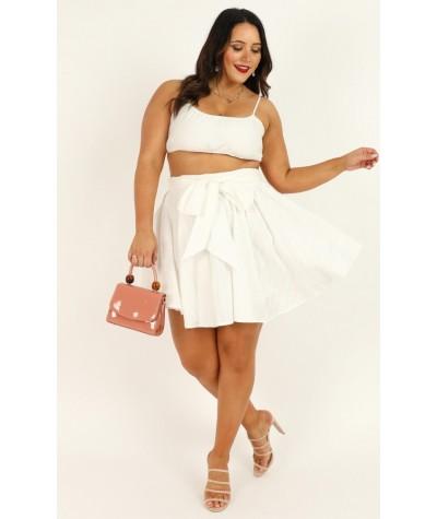 Pretty Damn Good Skirt In White Linen Look
