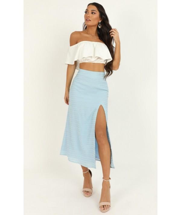 Unfold Me Skirt In Blue