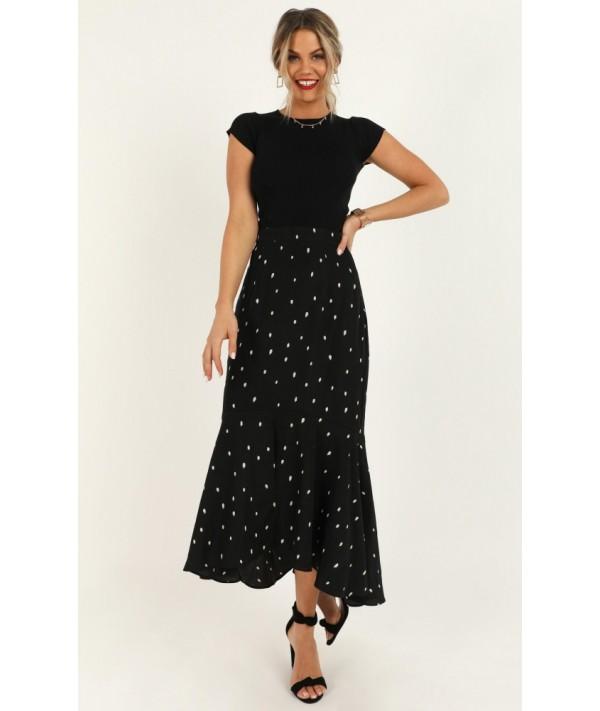 Need More Info Skirt In Black Spot
